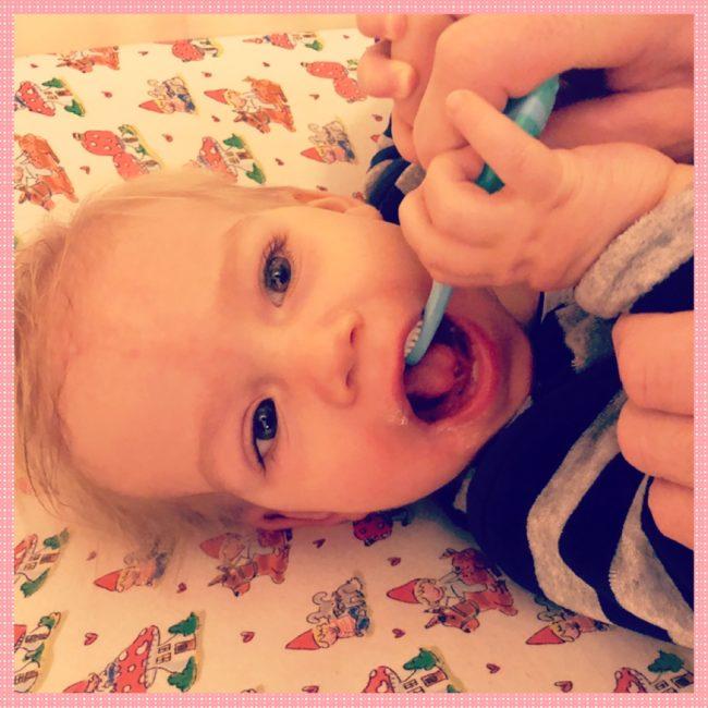 Tanden poetsen Miranda dec 3